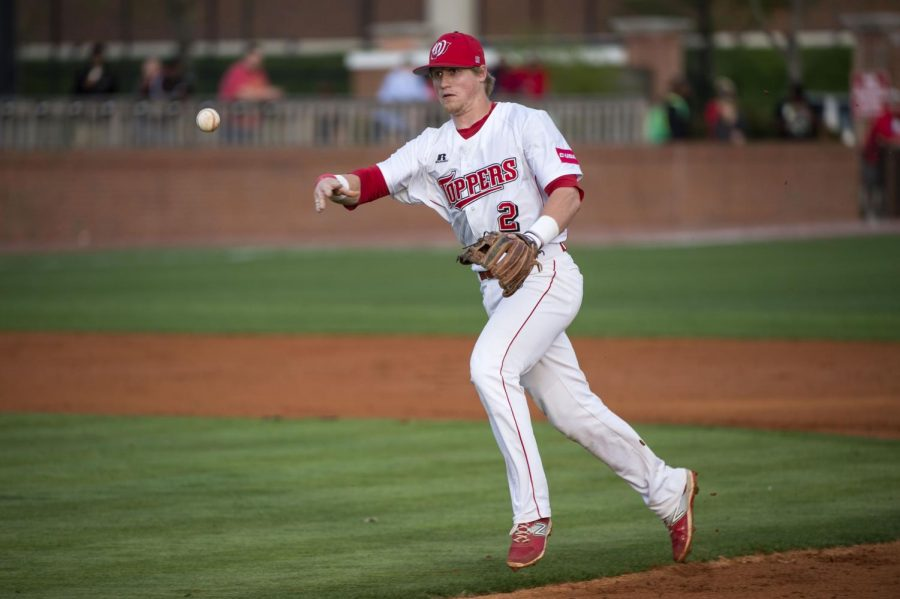 WKU+second+baseman+Leiff+Clarkson+throws+to+first+base+to+retire+a+Southern+Miss+batter+during+the+game+Friday%2C+April+10%2C+2015%2C+at+Nick+Denes+Field+in+Bowling+Green%2C+Ky.+Nick+Wagner%2FHERALD