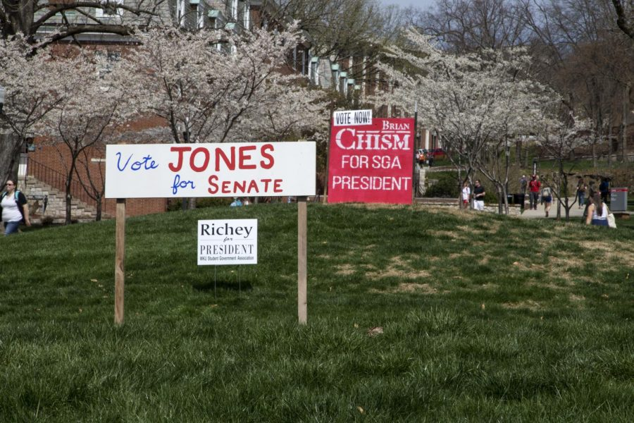 Signs+for+SGA+candidates+on+Centennial+Mall+Tuesday%2C+March+31%2C+2015%2C+in+Bowling+Green%2C+Ky.+SGA+elections+will+be+held+Wednesday%2C+April+1%2C+2015.+WKU+students+can+vote+for+candidates+on+Topnet.Mike+Clark%2FHERALD