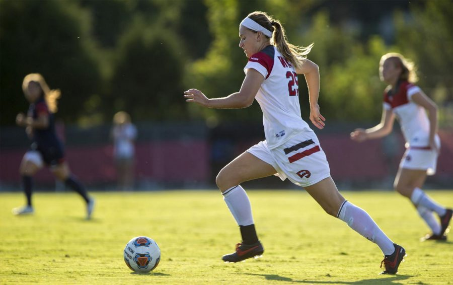 WKUs+defender+Makenzie+Costner+%2825%29+drives+the+ball+down+the+field+during+the+Lady+Toppers%E2%80%99+3-1+win+over+University+of+Tennessee-Martin+in+the+season+opener+Aug.+21+at+the+WKU+Soccer+Complex.+William+Kolb%2FHERALD
