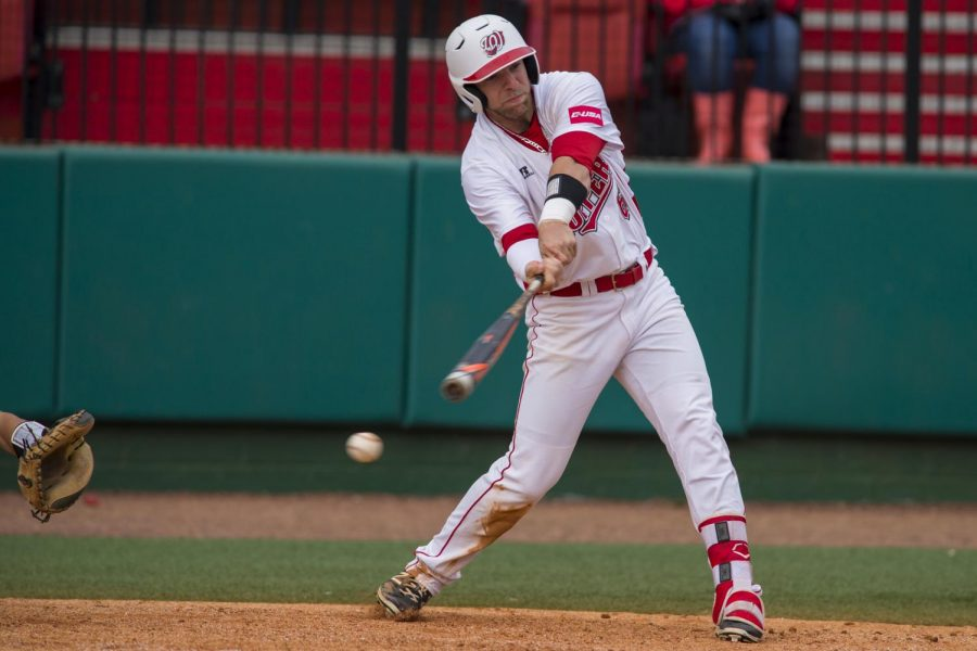 Outfielder+Paul+Murray+attempts+to+hits+the+ball+during+the+Hilltoppers+3-1+loss+to+Louisiana+Tech+on+Sunday+April+10%2C+2016+at+WKU+Softball+Complex+in+Bowling+Green%2C+Ky.+Murray+was+at+bat+3+times+and+had+1+hit.