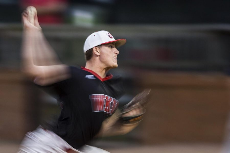 Junior+right+hand+pitcher+Cody+Coll+pitches+during+the+Hilltoppers+3-2+win+over+Belmont+University+on+Tuesday+April+19%2C+2016+at+Nick+Denes+Field+in+Bowling+Green%2C+Ky.+Coll+faced+17+batters+with+4+strikeouts.%C2%A0Shaban+Athuman%2FHERALD
