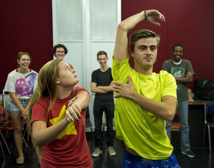 Freshman+Lily+Harvey+and+senior+Matthew+Zuccari+act+out+a+show+scene+during+Happy+Gas%27+improv+practice+on+Sept.+6+in+Gordon+Wilson+Hall.%C2%A0