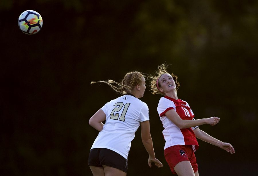 Redshirt+junior+Sarah+Gorham+jumps+to+head+the+ball+during+the+game+against+Vanderbilt+Sept.+8+at+the+WKU+Soccer+Complex.+In+their+upcoming+game+Friday%2C+the+Lady+Toppers+are+looking+to+score+their+first+goal+since+Sept.+3.