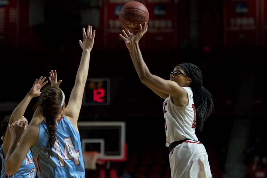 Junior+guard+Tashia+Brown+%2810%29+takes+a+shot+over+Louisiana+Tech+guard+Anna+McLeod+%2814%29+during+the+game+against+Louisiana+Tech+on+Thursday+Feb.+2%2C+2017+at+Diddle+Arena.+Jack+Atkerson%2F+Herald