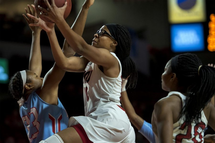 Junior+forward+Tasha+Brown+%2810%29+drives+to+the+net+for+a+layup+during+the+Lady+Toppers%27+67-58+win+against+Louisiana+Tech+on+Thursday%2C+Feb.+2%2C+2017at+Diddle+Arena.+Jack+Atkerson%2F+Herald