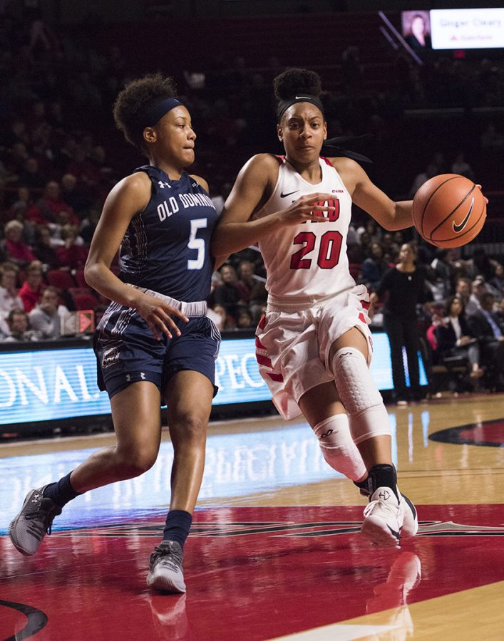 Freshman+guard+Terri+Smith+drives+toward+the+basket+as+Old+Dominion+guard+Victoria+Morris+defends+her.+WKU+Lady+Toppers+played+Old+Dominion+on+Feb.+8+at+E.A.+Diddle+Arena.+The+Toppers+won+62-48.
