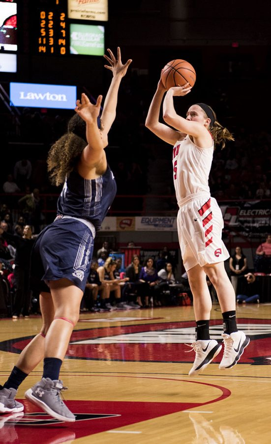 Sophomore+guard+Whitney+Creech+goes+up+for+a+shot+against+Old+Dominion.+The+Lady+Toppers+won+62-48+in+their+game+on+Thursday+Feb.+8+at+E.A.+Diddle+Arena.