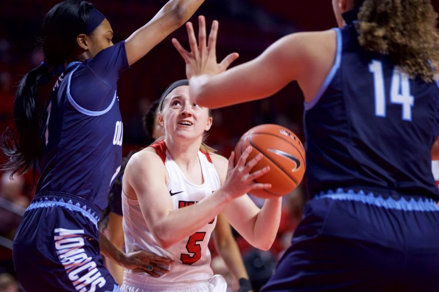Junior+guard+Whitney+Creech+looks+for+a+shot+during+the+Lady+Toppers%27+victory+over+Old+Dominion+on+Jan.+5+in+Diddle+Arena.