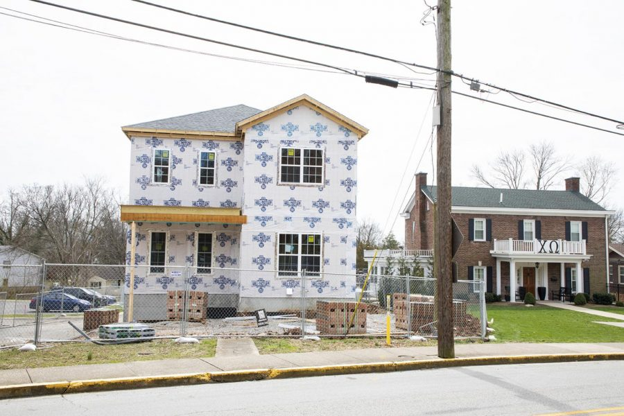 Construction+on+the+Delta+Zeta+house+was+announced+during+the+summer+of+2018+and+construction+started+soon+after.+The+house+is+located+between+the+Chi+Omega+and+Alpha+Xi+Delta+houses+on+Chestnut+St.