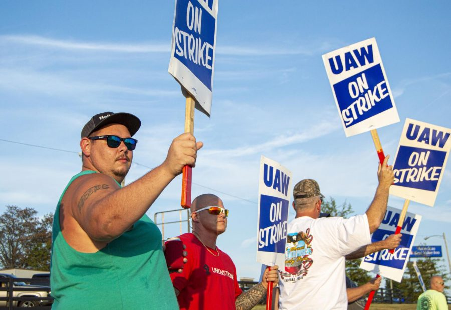 Line workers at General Motors Bowling Green Assembly on strike on Tuesday, Sept. 17, 2019. The workers have been on strike since Sunday, after talks between the United Auto Workers and GM ended with no new contract. Because of this, 49,000 line workers at GM plants across the country began a strike, with 900 workers at the Bowling Green plant joining in.