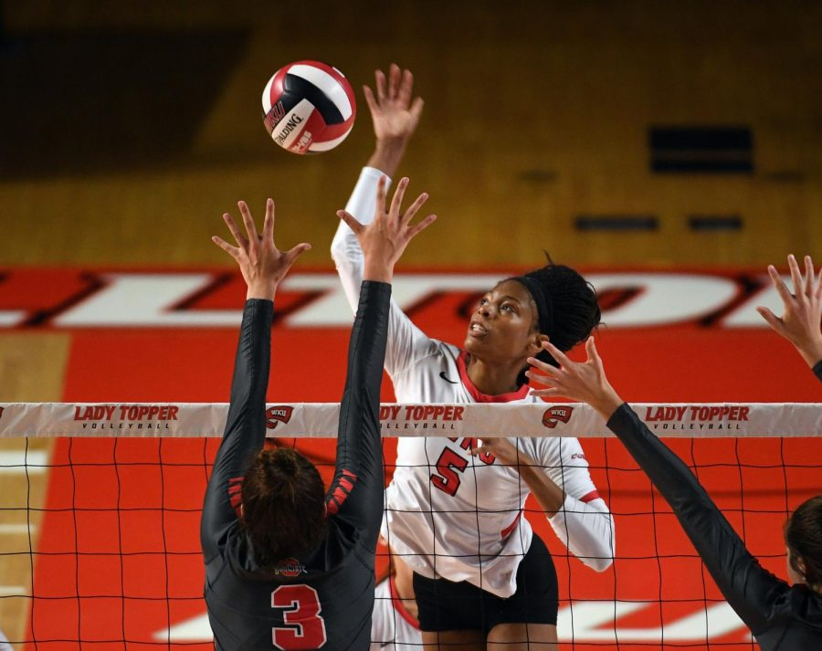 WKU+middle+hitter+Lauren+Matthews+%285%29+prepares+to+strike+during+the+WKU+volleyball+game+against+Ohio+State+in+Diddle+Arena+on+Sept.+13%2C+2019.