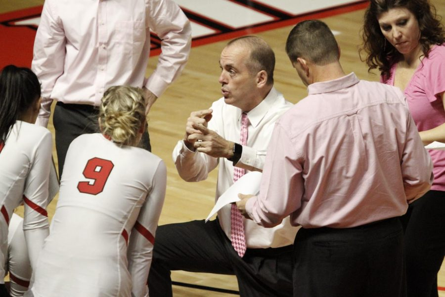 Head coach Travis Hudson explains adjustments during the first timeout in the first setduring the Lady Toppers' game against Texas-El Paso in Diddle Arena on Friday, Nov. 1 in Bowling Green.