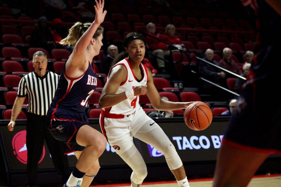 Redshirt senior forward Dee Givens (4) drives toward the basket during the Lady Toppers' game against Belmont in Diddle Arena on Wednesday, Nov. 13 in Bowling Green.