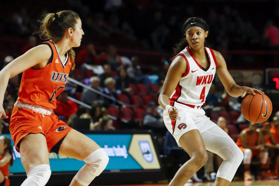 Redshirt+senior+forward+Dee+Givens+%284%29+dribbles+the+ball+in+the+WKU+zone+during+the+Lady+Toppers%E2%80%99+game+against+UTSA+on+Feb.+15%2C+2020.+WKU+won+85-57.