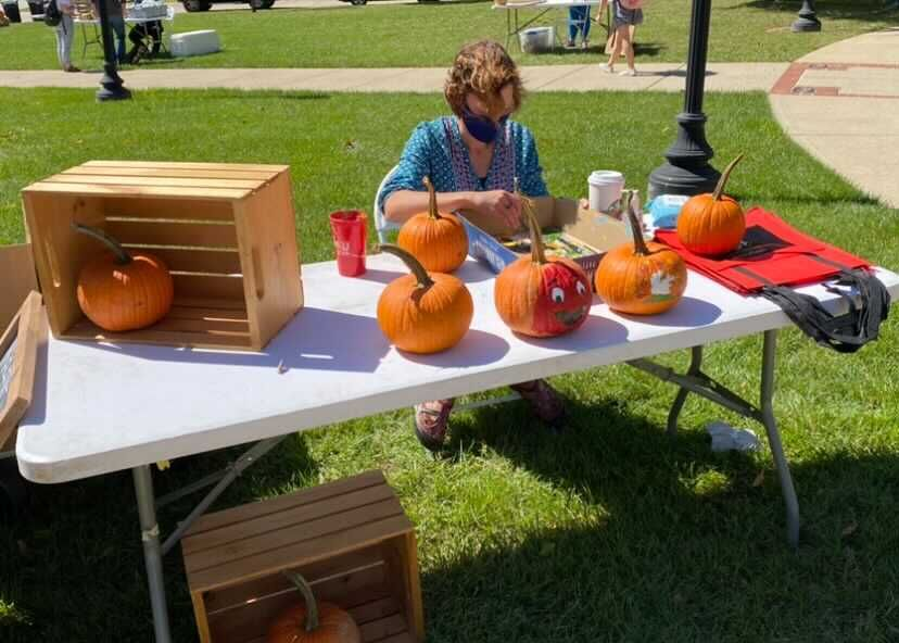Market on Avenue held their annual event with social distancing guidelines on Sept. 30, 2020.