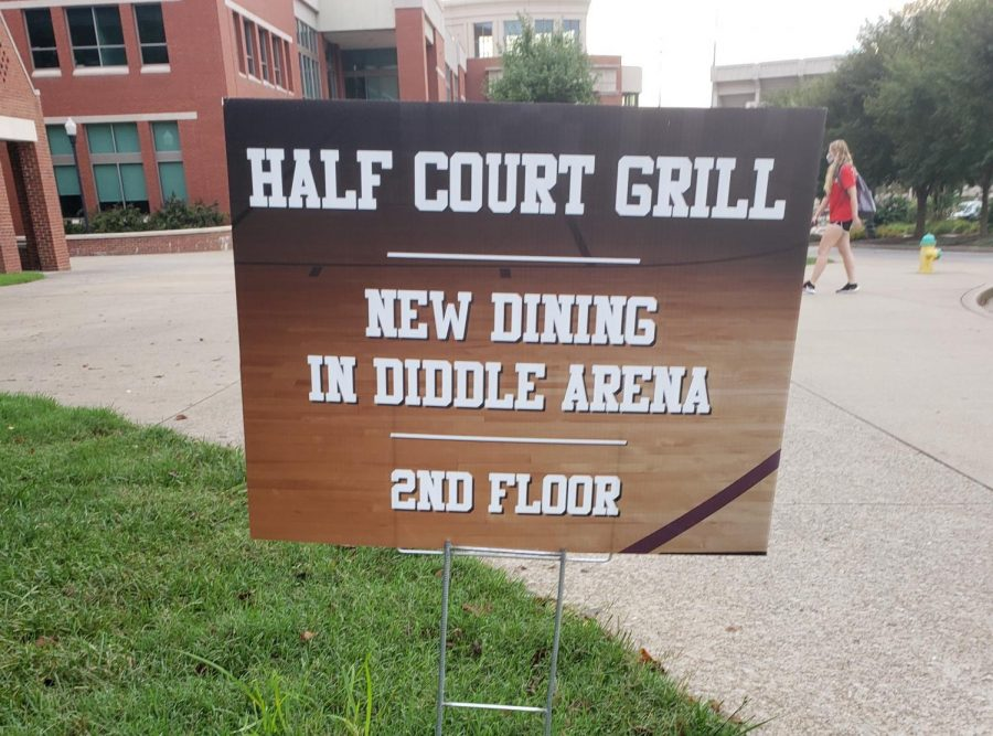 Half+Court+Grill+and+the+Passport+Bistro+are+now+open+on+campus.