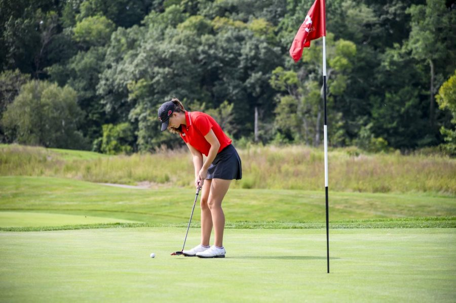 Western+Kentucky+Hilltoppers+women%E2%80%99s+golfer+Sarah+Arnold+plays+a+practice+round+at+Olde+Stone+Country+Club.%C2%A0