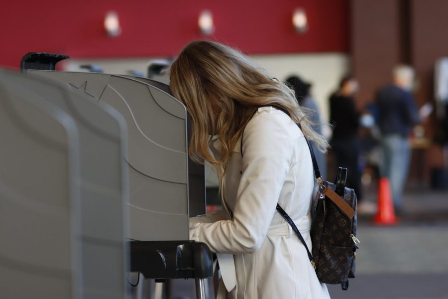 Americans come out to vote on Election Day at the Southern Kentucky Performing Arts Center poll in Bowling Green, Ky., on November 3, 2020.