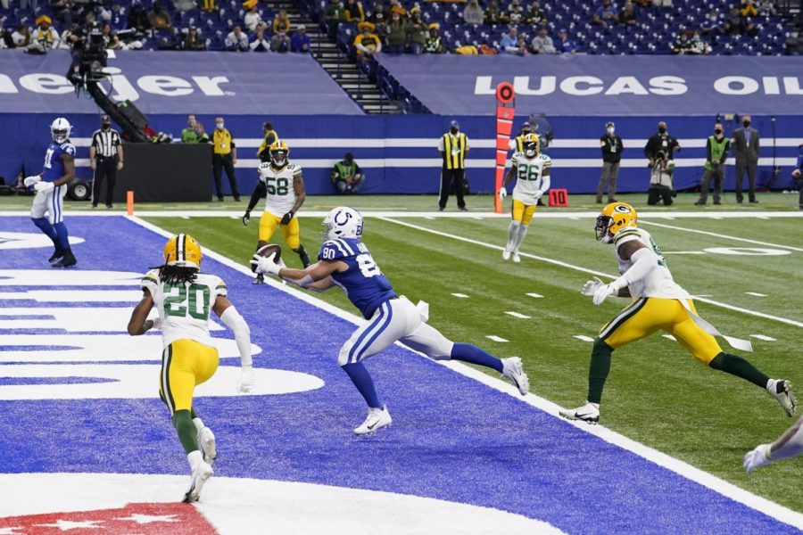 Photos%3A+Packers%27+early+lead+not+enough+to+hold+off+charging+Colts
