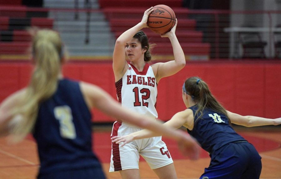 Cumberland+Valley%E2%80%99s+Abbie+Miller%2C+center%2C+announced+her+commitment+to+play+at+Shippensburg+University+in+2021.%C2%A0