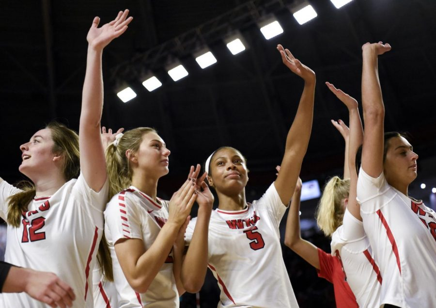 WKU+sophomore+Lauren+Matthews+%285%29+waves+to+a+record-breaking+crowd+following+the+Lady+Toppers%27+NCAA+Volleyball+Tournament+First+Round+match+against+Kennesaw+State+in+Diddle+Arena+on+Dec.+5%2C+2019.+The+Lady+Toppers+swept+the+Owls%2C+3-0.