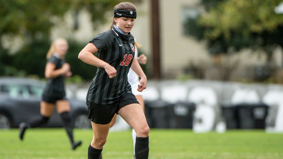 WKU+freshman+Brina+Micheels+running+on+the+field+during+her+first+season+on+the+Hill.%C2%A0