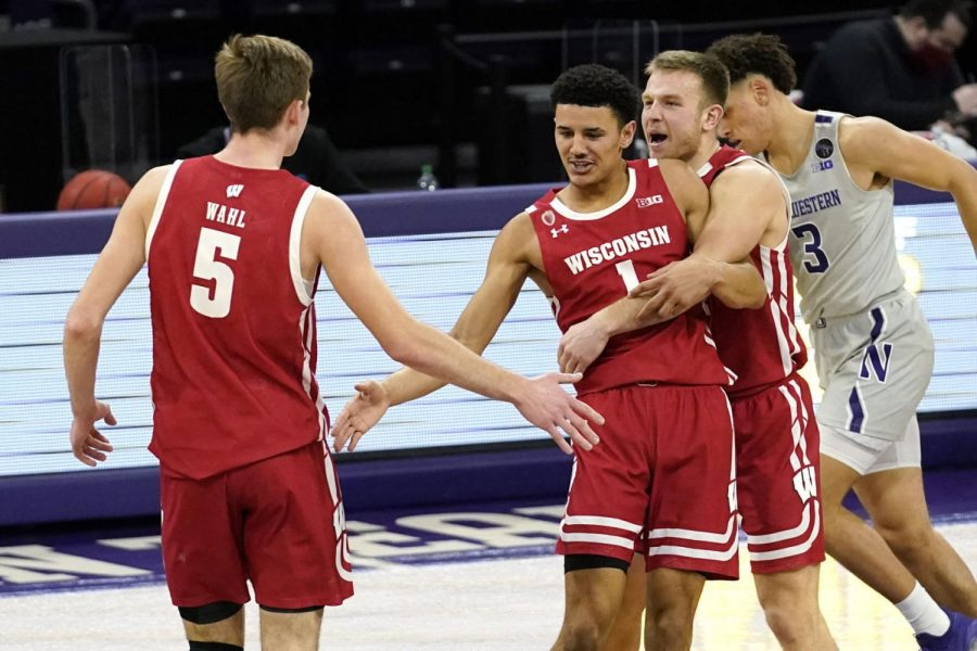 Badgers+fans+on+Twitter+cautiously+optimistic+after+Wisconsin+dominates+Northwestern