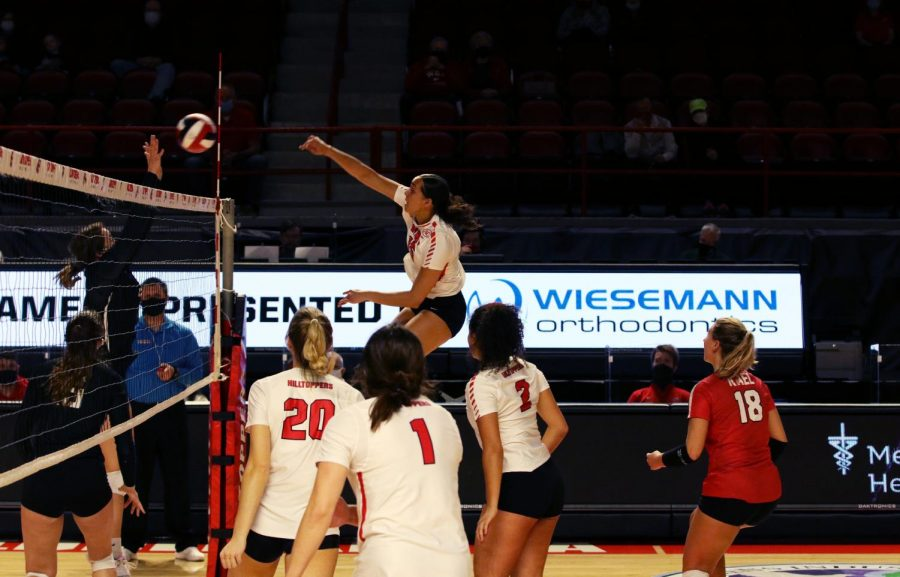 WKU Senior Kayland Jackson (15) send to all over the net during the Holiday Inn University Plaza Invitational against St. Louis University in Diddle Arena on Jan. 31, 2021. The Lady Hilltoppers swept the Billikens 3-0.