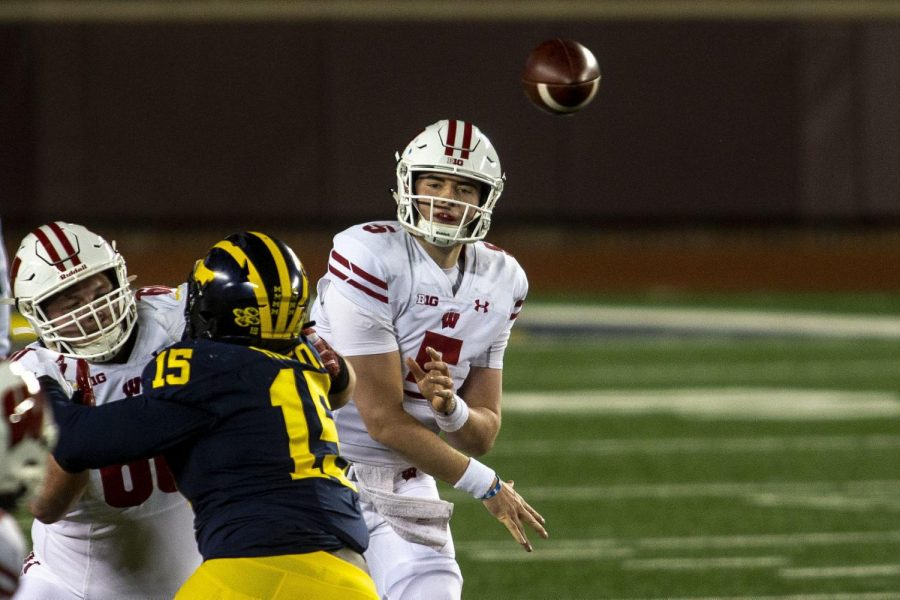 Five things to watch on Wisconsin's offense as spring football starts