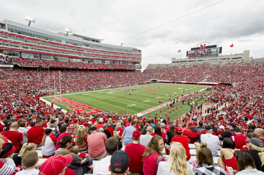 More than 72,000 fans showed up under cloudy skies, persistent wind, yet comfortable temperatures for the 2016 Spring Game.