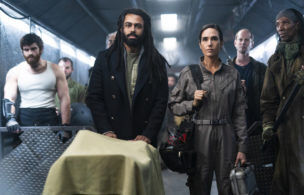 Worth Watching: 'Snowpiercer' Finale, 'Voice' Battles, 'Race to the Center of the Earth,' Roasts' 'Hall of Flame'