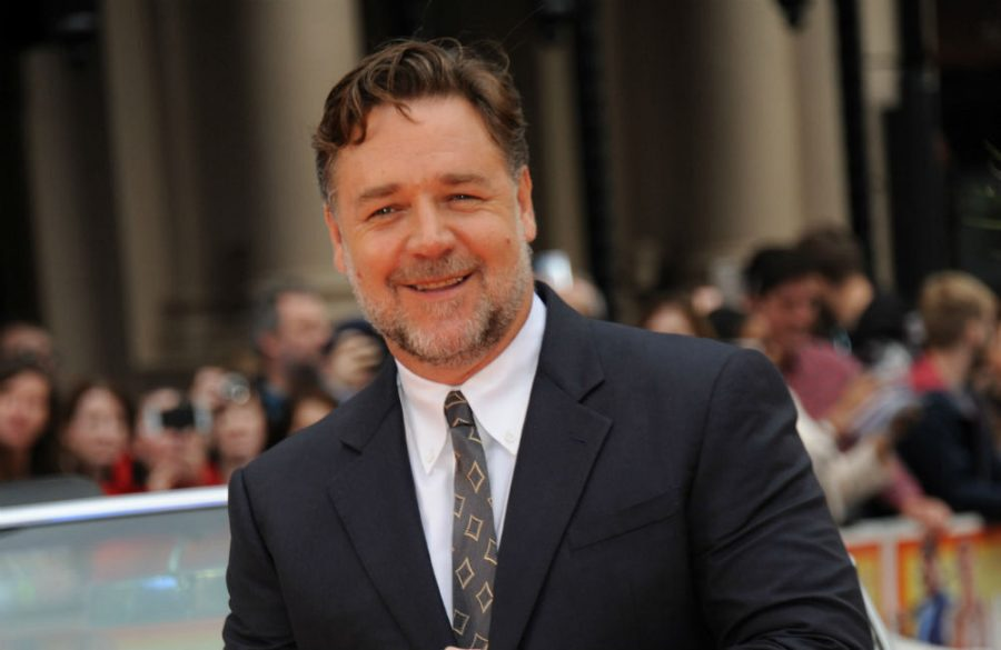 Zac Efron and Russell Crowe in talks for The Greatest Beer Run Ever