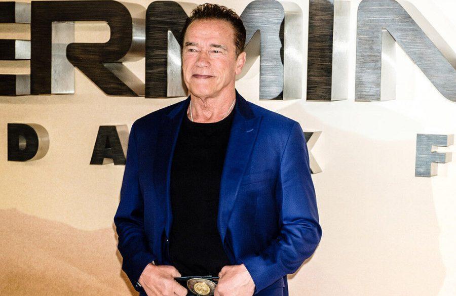 Arnold Schwarzenegger uses catchphrases in everyday life