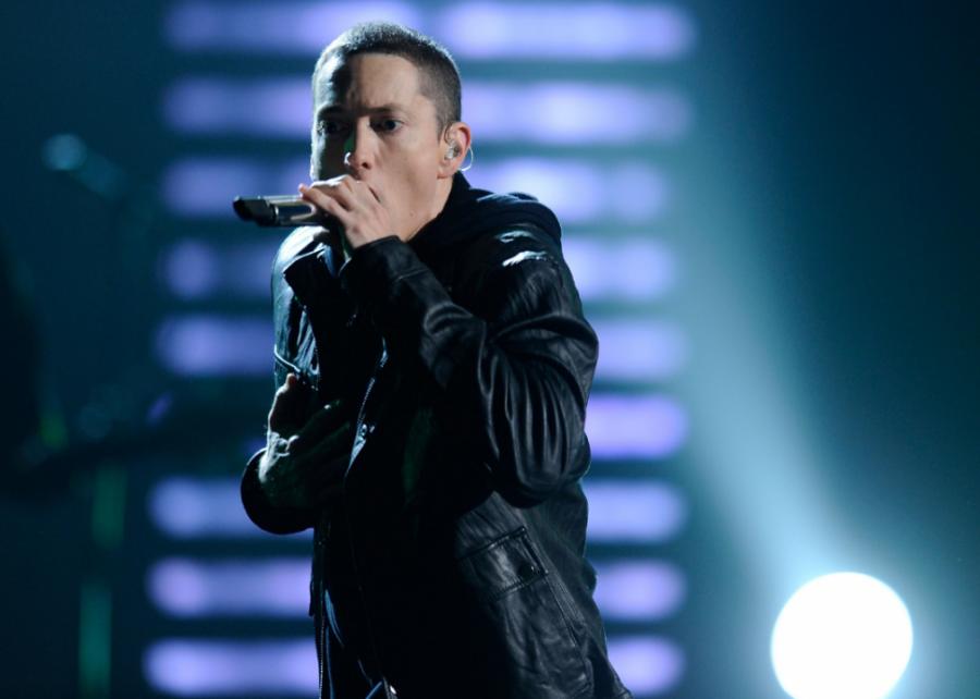 2010%3A+%E2%80%9CRecovery%E2%80%99+by+Eminem
