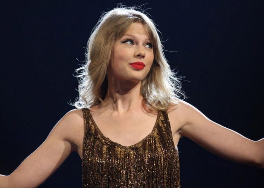 2012%3A+%27We+Are+Never+Ever+Getting+Back+Together%27+by+Taylor+Swift