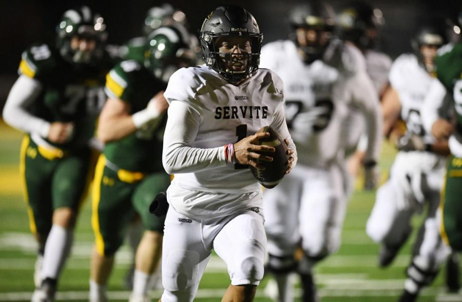 Quarterback Noah Fifita #1 of Servite run for a touchdown against Damien in the first half of a prep football game at Damien High School in La Verne on Friday, March 12, 2021. (Photo by Keith Birmingham, Pasadena Star-News/ SCNG)