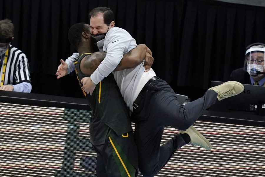 Baylor+head+coach+Scott+Drew+gets+a+hug+from+guard+Mark+Vital+at+the+end+of+the+championship+game+against+Gonzaga+in+the+men%27s+Final+Four+NCAA+college+basketball+tournament+on+Monday+at+Lucas+Oil+Stadium+in+Indianapolis.+Baylor+won+86-70.