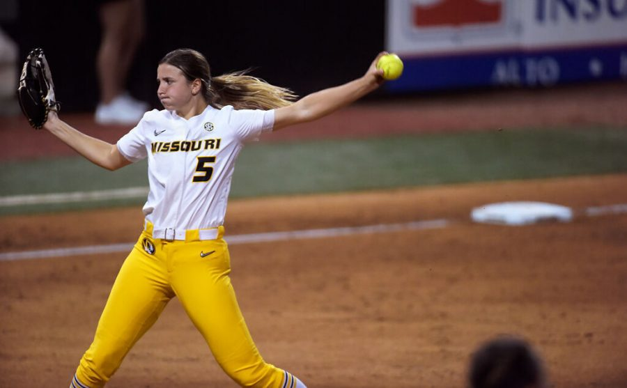 Pitcher+Emma+Nichols+winds+up+during+the+fourth+inning+of+the+game+against+LSU+on+Friday+at+the+Mizzou+Softball+Stadium+in+Columbia.+This+home+game+starts+the+longest+homestead+of+the+season%2C+with+the+next+eight+games+being+played+at+the+Mizzou+Softball+Stadium.