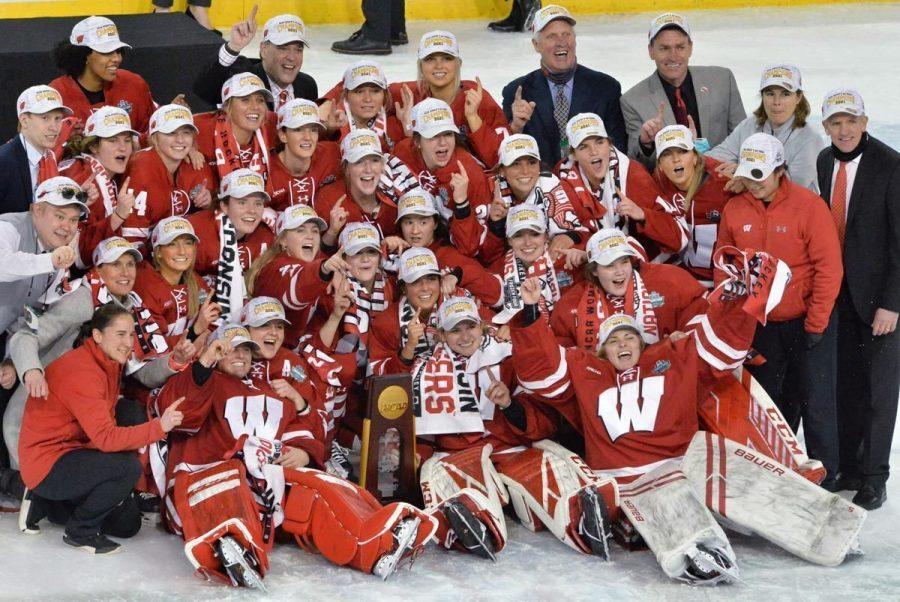 UW womens hockey team celebrates 2021 NCAA title