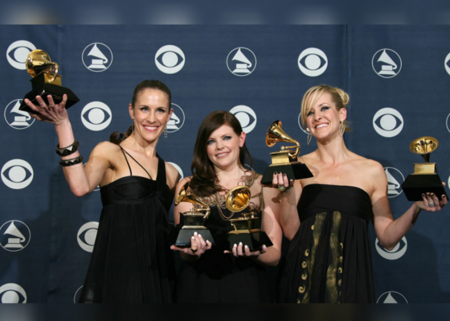 2007%3A+Country+music+sweeps+the+Grammy+Awards