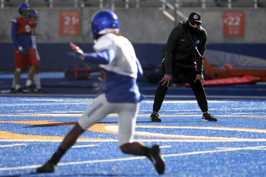 Boise+State+head+football+coach+Andy+Avalos+watches+as+players+run+drills+during+practice+at+Albertsons+Stadium+in+Boise+on+Wednesday.