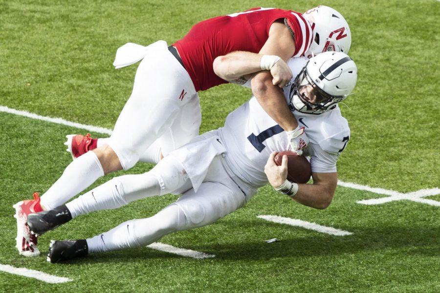 Nebraska outside linebacker JoJo Domann sacks Penn State quarterback Will Levis last season at Memorial Stadium.
