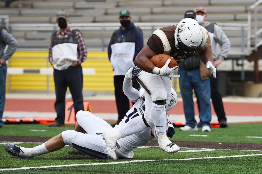 Valparaiso's Robert Washington sheds a tackle attempt from Butler's Malachi Pikeon and scores a touchdown in the fourth quarter of a recent win at Brown Field.