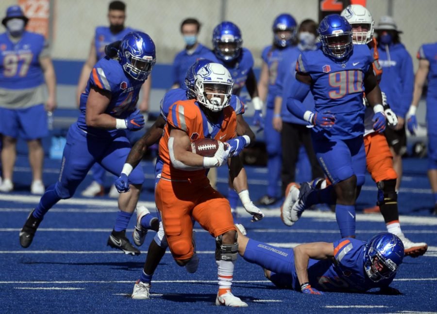 Boise+State+running+back+George+Holani+%2824%29+carries+the+ball+during+the+spring+football+game+at+Albertsons+Stadium+on+Saturday.