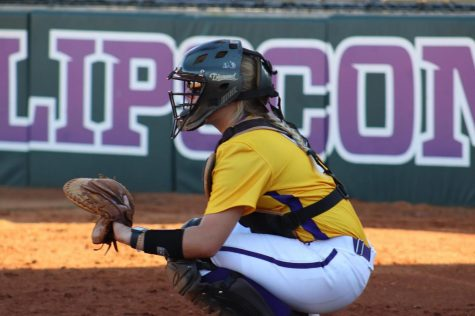 Hilltoppers welcome Bowling Green native Bush to softball roster