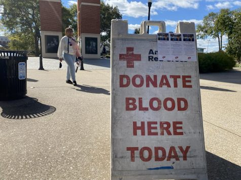 The College of Health and Human Services is hosting a blood drive with American Red Cross. Signs about blood donation was beside the Health Services building on Oct. 26, 2021.