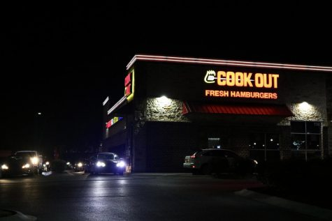 Cars line up at Cookout in Bowling Green on Oct. 20, 2021.